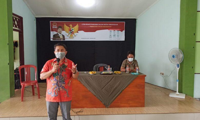 Sekretaris FPKS DPRD Jawa Barat H Ridwan Solichin saat menyampaikan materi Citra Bhakti di Aula Asyakir Jatinangor, Selasa (1/12/2020). (foto: Humas PKS)