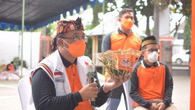 Photo of PKS Jabar Bagikan 200 Ribu Paket Qurban, Solusi Warga Terdampak Pandemi Covid-19