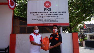 Photo of PKS Bagikan 1,7 Juta Sembako di HUT ke-76 Republik Indonesia