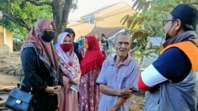 Photo of Umi Nisa Kunjungi Korban Kebakaran di Wado